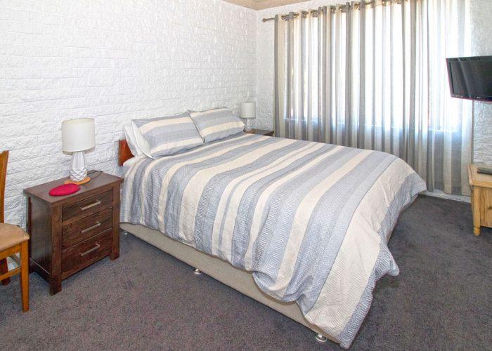 apollo-holiday-units-narooma-accommodation-bedroom-2